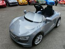VOITURE A PEDALES AUDI R8 SPYDER GRISE TOYS TOYS