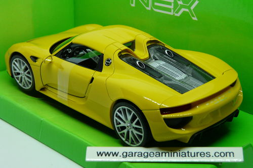 PORSCHE 918 JAUNE ECHELLE 1/24 WELLY