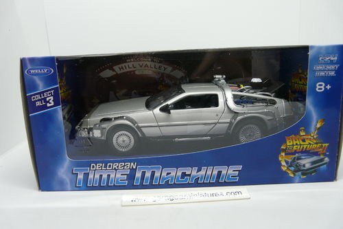 DELOREAN RETOUR VERS LE FUTUR II WELLY ECHELLE 1/24