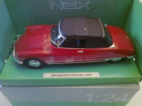 CITROEN DS19 CABRIOLET WELLY ECHELLE 1/24